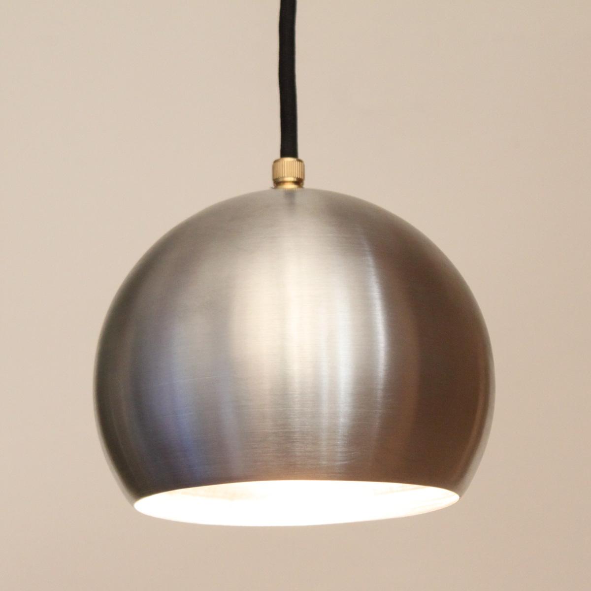 elegante dreiflammige pendelleuchte aus kupfer messing oder alu casa lumi. Black Bedroom Furniture Sets. Home Design Ideas
