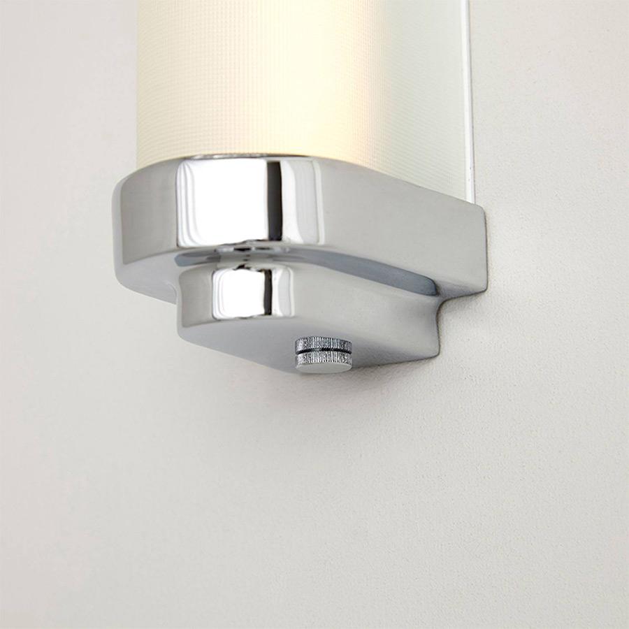schmale led wandleuchte f r badspiegel in drei gr en casa lumi. Black Bedroom Furniture Sets. Home Design Ideas