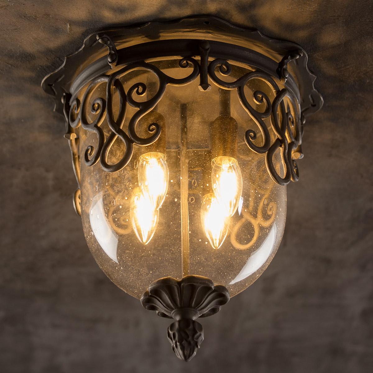 Deckenleuchte mit glas kuppel und schmiedeeisen ornamenten for Italienische leuchten