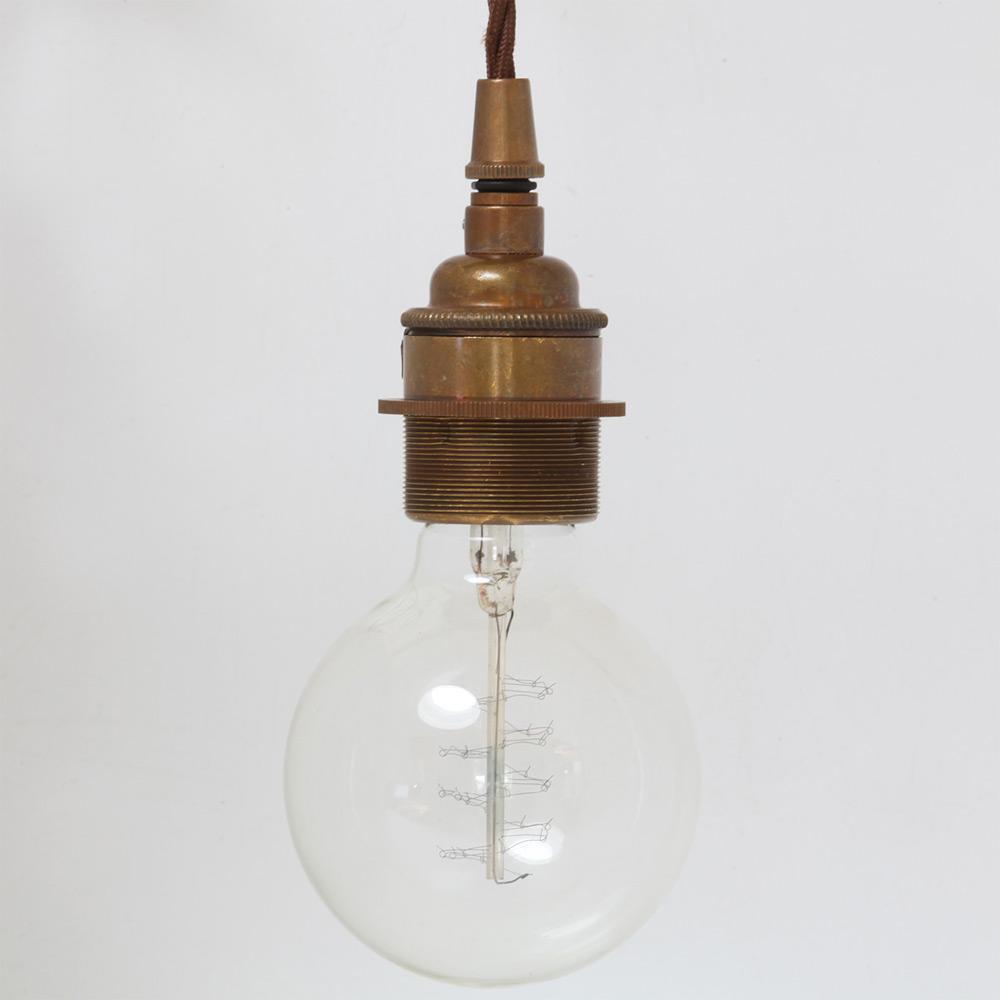 pendelleuchten gruppe aus f nf einfachen fassungs lampen casa lumi. Black Bedroom Furniture Sets. Home Design Ideas