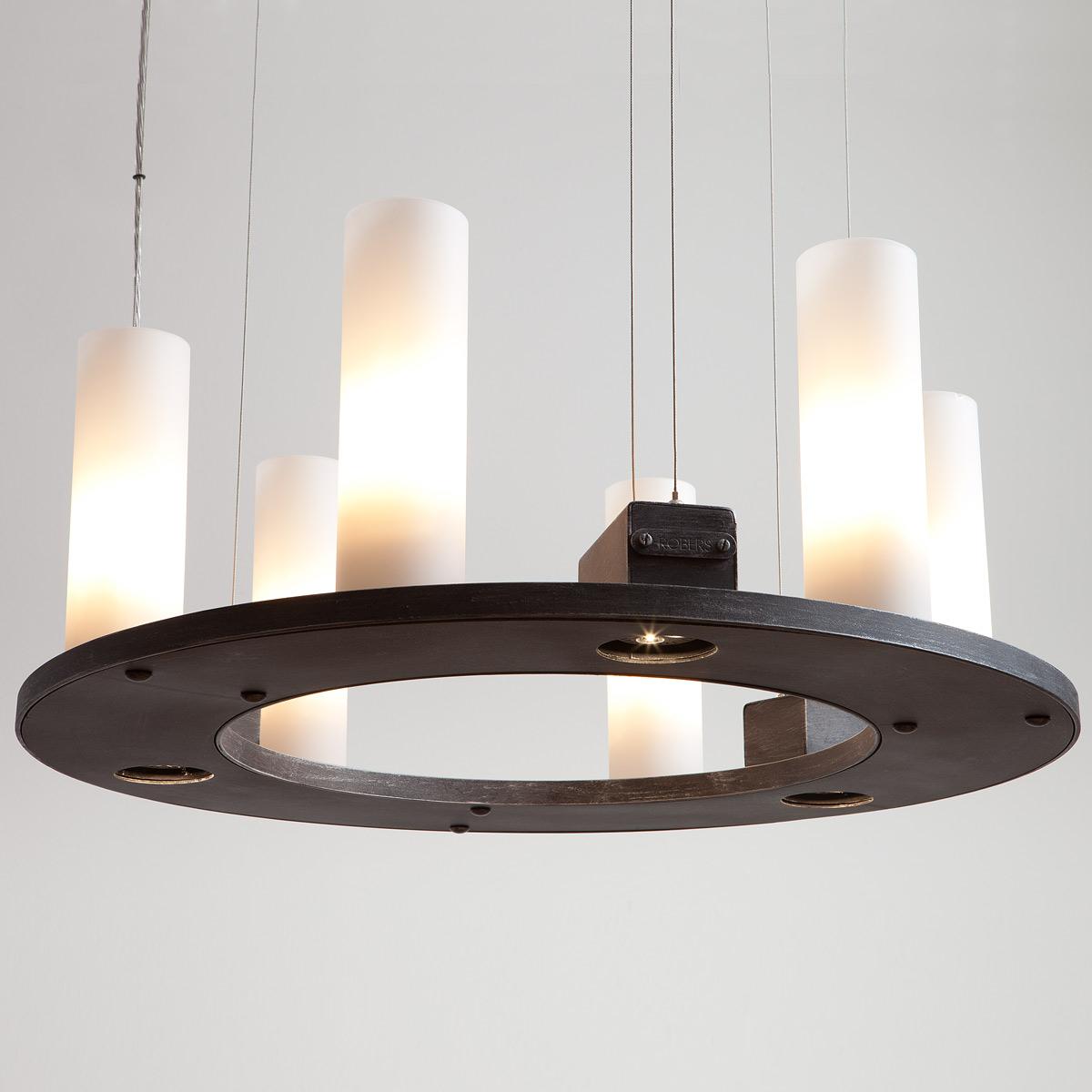 geschmiedeter ring h ngeleuchter mit strahlern nach unten casa lumi. Black Bedroom Furniture Sets. Home Design Ideas