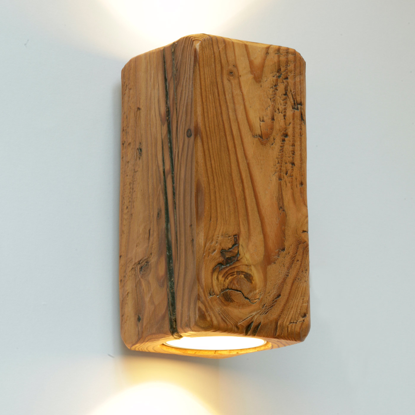 Up and down strahler wandleuchte aus antikem massivholz - Wandleuchte holz ...