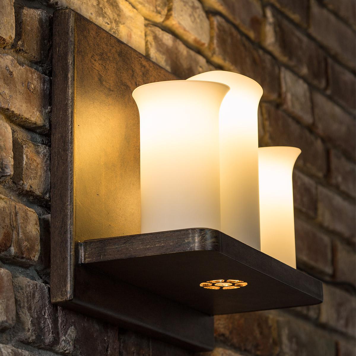 wandleuchte mit drei kerzen und strahler wl 3603 casa lumi. Black Bedroom Furniture Sets. Home Design Ideas