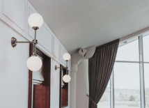 Zeitlose Doppel-Kugelwandleuchte von Aire Lighting, Bild 23: Photo: Clanrye Lighting