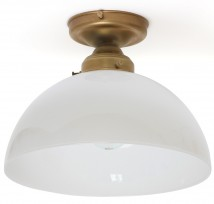 Timeless brass ceiling light with semi-spherical glass