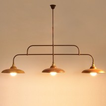 Traditional table lighting: beam lamp with copper shades